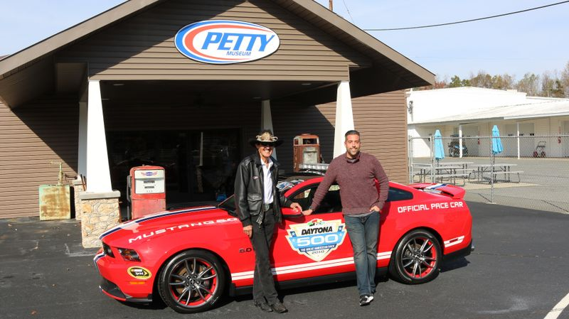 2011 Ford Mustang GT Premium Daytona 500 Pace Car  city NC  The Group NC  in Mansfield, NC