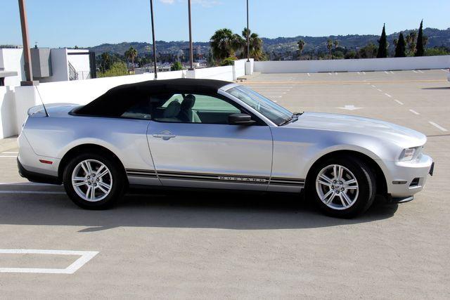 2011 Ford Mustang V6 in Reseda, CA, CA 91335