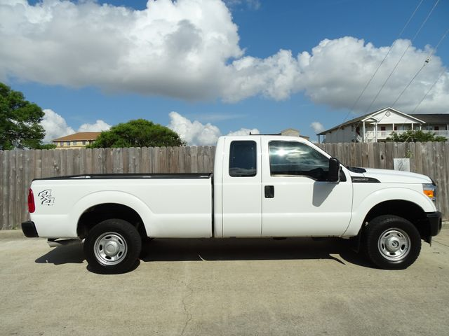 2011 Ford Super Duty F-250 Pickup XL Corpus Christi, Texas 5