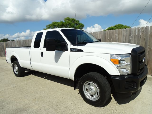 2011 Ford Super Duty F-250 Pickup XL Corpus Christi, Texas 1