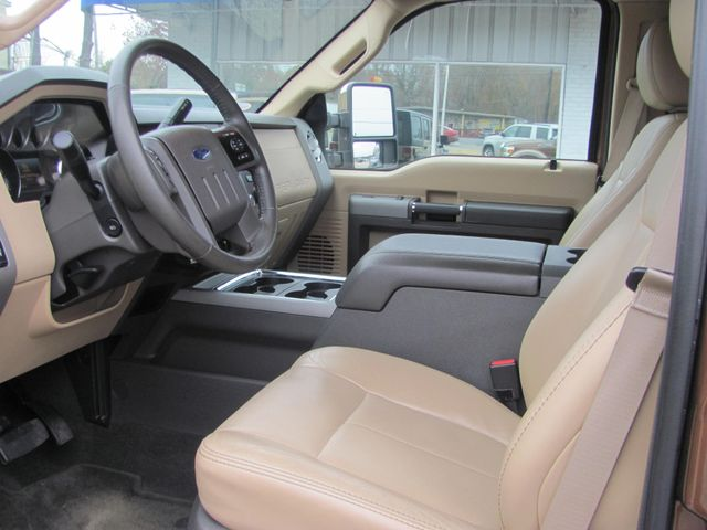 2011 Ford Super Duty F-250 Pickup Lariat Dickson, Tennessee 4