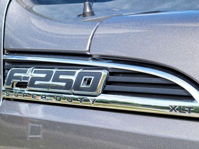 2011 Ford Super Duty F-250 Pickup XLT in Hope Mills, NC 28348