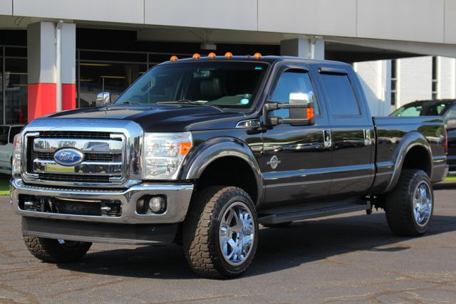 2011 Ford Super Duty F-250 Pickup Lariat Crew Cab 4X4 - LIFTED - ENGINE UPGRADES! Mooresville , NC 22