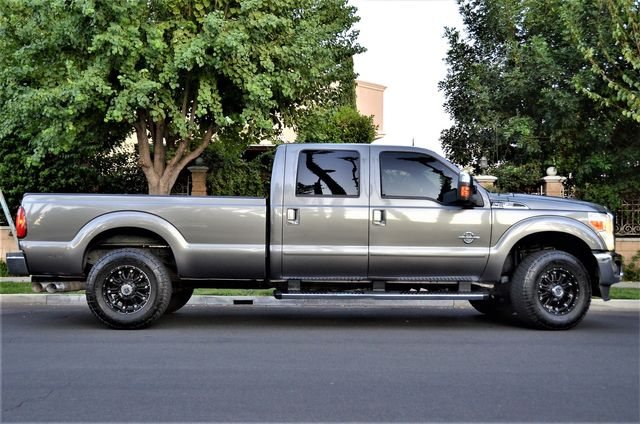 2011 Ford Super Duty F-250 Pickup Lariat in Reseda, CA, CA 91335