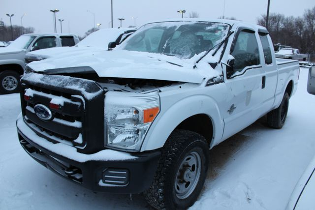 2011 Ford Super Duty F-250 Pickup XL in Roscoe IL, 61073