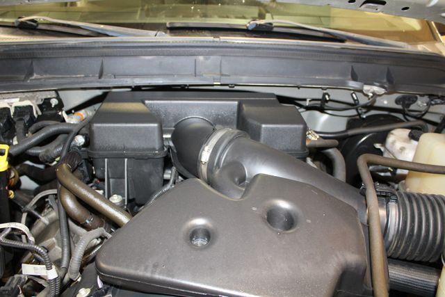 2011 Ford Super Duty F-250 Utility box 4x4 XL in Roscoe, IL 61073