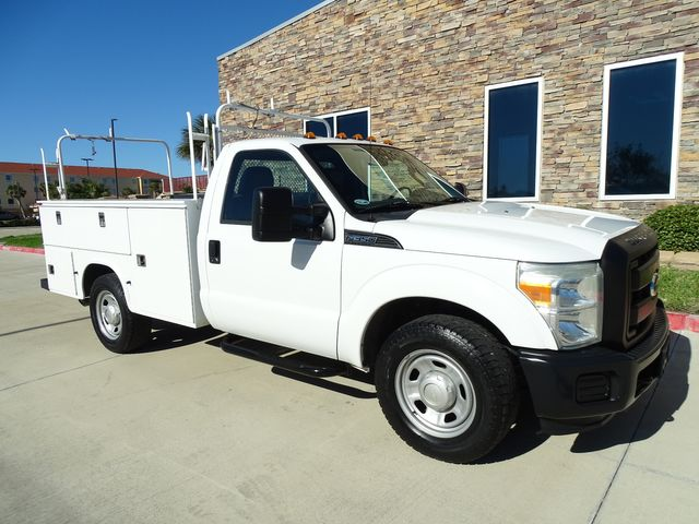 2011 Ford Super Duty F-350 SRW Chassis Cab XL SERVICE BED in Corpus Christi, TX 78412