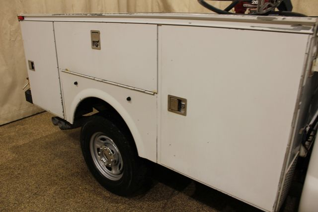 2011 Ford Super Duty F-350 SRW Chassis Cab XL in Roscoe IL, 61073