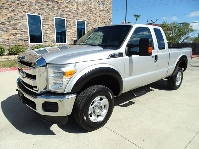 2011 Ford Super Duty F-350 SRW Pickup XLT