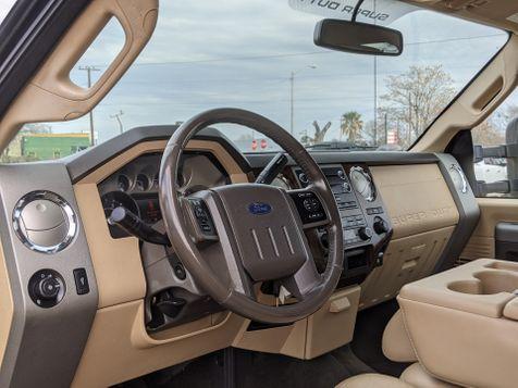 2011 Ford Super Duty F-350 SRW Pickup Lariat | Pleasanton, TX | Pleasanton Truck Company in Pleasanton, TX