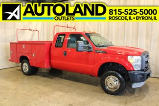 2011 Ford Super Duty F-350 utility box 4x4 XL in Roscoe, IL 61073