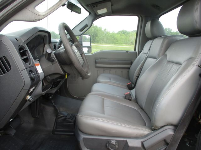 2011 Ford Super Duty F-550 DRW Chassis Cab XL Lake In The Hills, IL 11