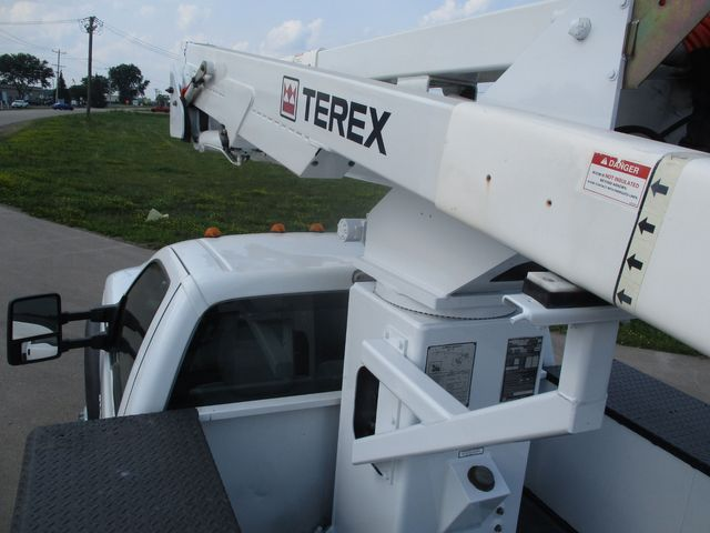 2011 Ford Super Duty F-550 DRW Chassis Cab XL Lake In The Hills, IL 29