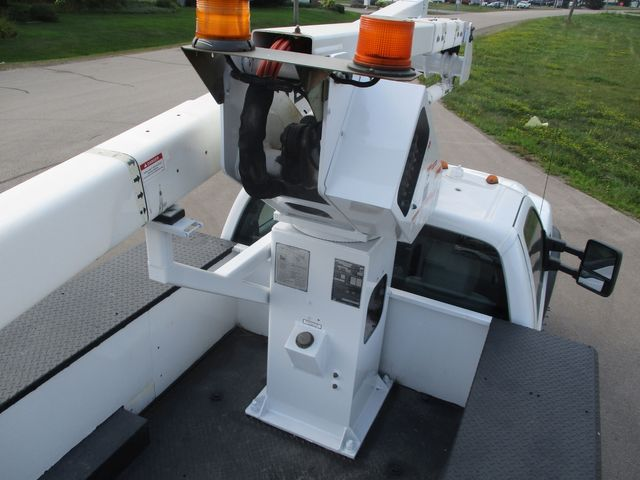 2011 Ford Super Duty F-550 DRW Chassis Cab XL Lake In The Hills, IL 30