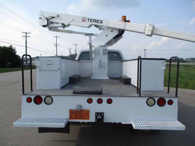 2011 Ford Super Duty F-550 DRW Chassis Cab XL Lake In The Hills, IL 44