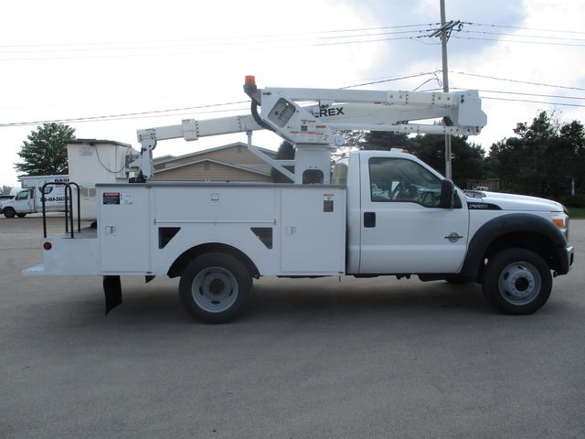 2011 Ford Super Duty F-550 DRW Chassis Cab XL Lake In The Hills, IL 5
