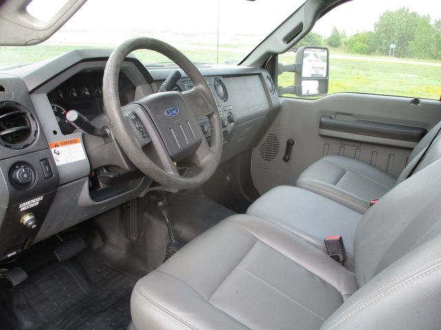 2011 Ford Super Duty F-550 DRW Chassis Cab XL Lake In The Hills, IL 9