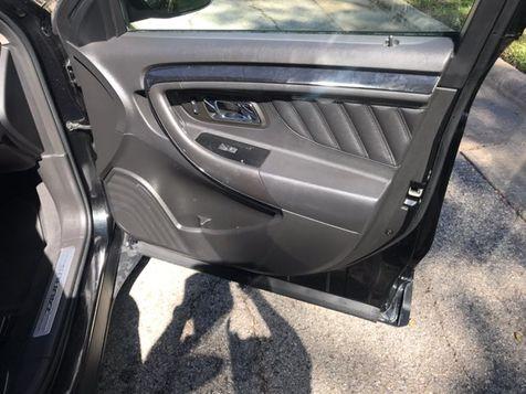 2011 Ford Taurus Limited | Ft. Worth, TX | Auto World Sales LLC in Ft. Worth, TX