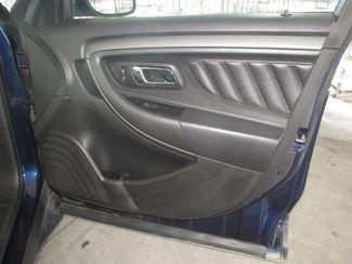 2011 Ford Taurus SEL Gardena, California 12