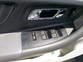 2011 Ford Taurus SE Houston, Mississippi 10