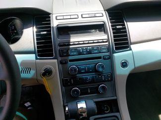 2011 Ford Taurus SE Houston, Mississippi 11