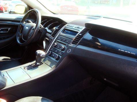 2011 Ford Taurus Limited | Nashville, Tennessee | Auto Mart Used Cars Inc. in Nashville, Tennessee