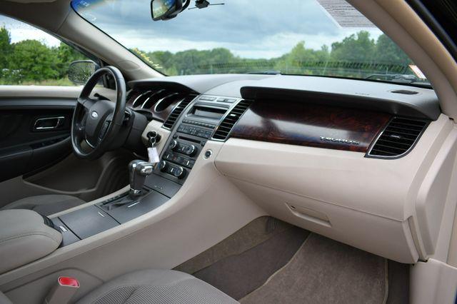 2011 Ford Taurus SEL AWD Naugatuck, Connecticut 11