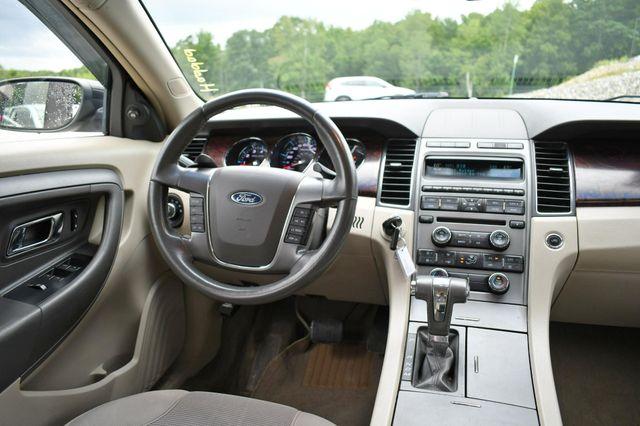 2011 Ford Taurus SEL AWD Naugatuck, Connecticut 14