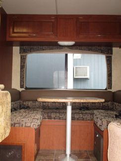 2011 Four Winds Chateau 23U  city Florida  RV World of Hudson Inc  in Hudson, Florida