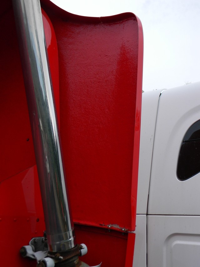 2011 Freightliner Columbia in Ravenna, MI 49451