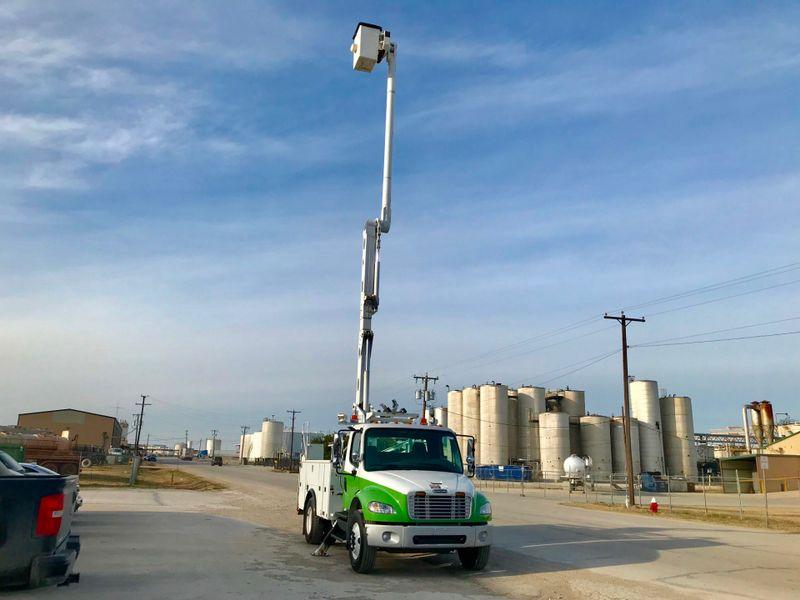 2011 Freightliner M2 BUCKET TRUCK   city TX  North Texas Equipment  in Fort Worth, TX