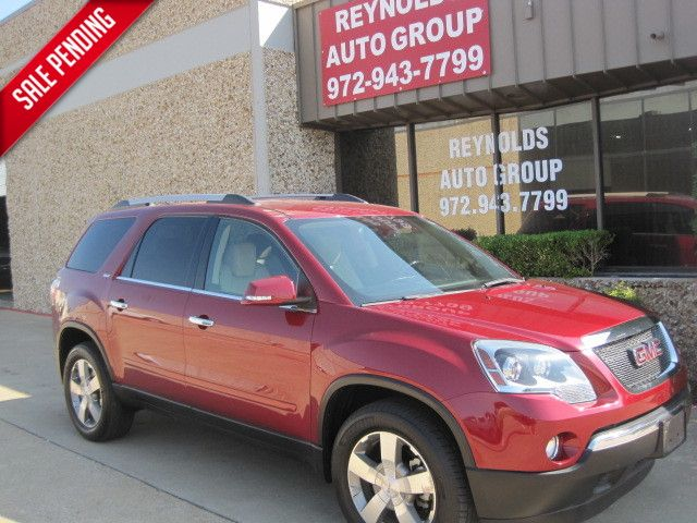 2011 GMC Acadia SLT, 2 Owners, Clean Carfax, X/Nice, A Must See