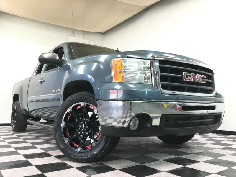 2011 GMC Sierra 1500 *EXTENDED CAB PICKUP 4-DR*5.3L V8*Rims & Tires!* | The Auto Cave in Addison