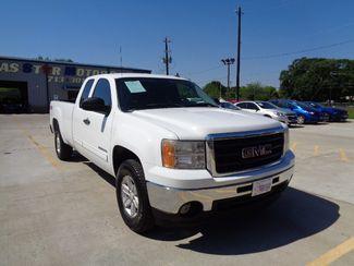 2011 GMC Sierra 1500 SLE  city TX  Texas Star Motors  in Houston, TX