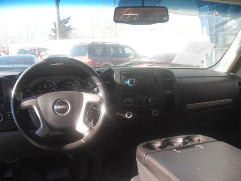 2011 GMC Sierra 1500 SLE   Lubbock, TX   Credit Cars  in Lubbock, TX