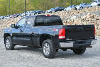 2011 GMC Sierra 1500 SLE Naugatuck, Connecticut 2