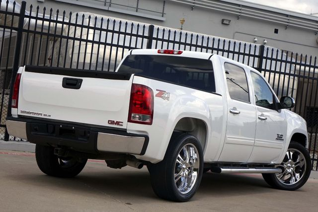 2011 GMC Sierra 1500 SLE * 4x4 * Z-71 * 20's * TEXAS EDITION * Spray-In Plano, Texas 4