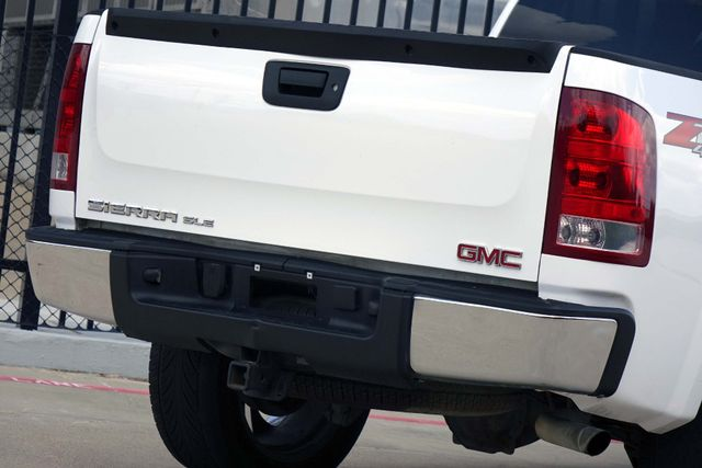 2011 GMC Sierra 1500 SLE * 4x4 * Z-71 * 20's * TEXAS EDITION * Spray-In Plano, Texas 22