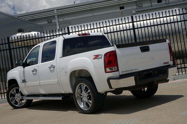 2011 GMC Sierra 1500 SLE * 4x4 * Z-71 * 20's * TEXAS EDITION * Spray-In Plano, Texas 5