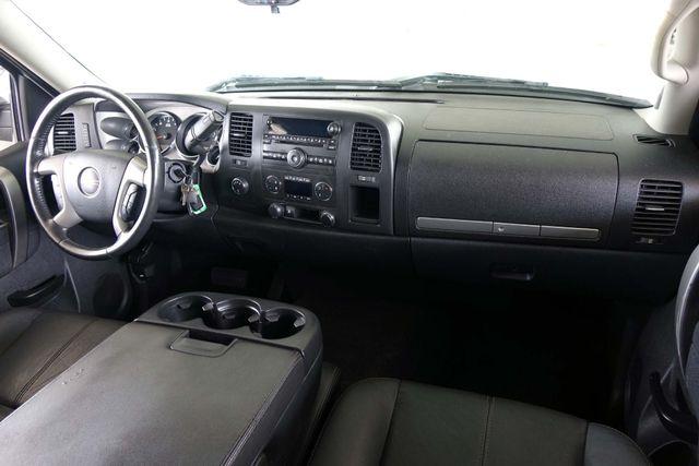 2011 GMC Sierra 1500 SLE * 4x4 * Z-71 * 20's * TEXAS EDITION * Spray-In Plano, Texas 11
