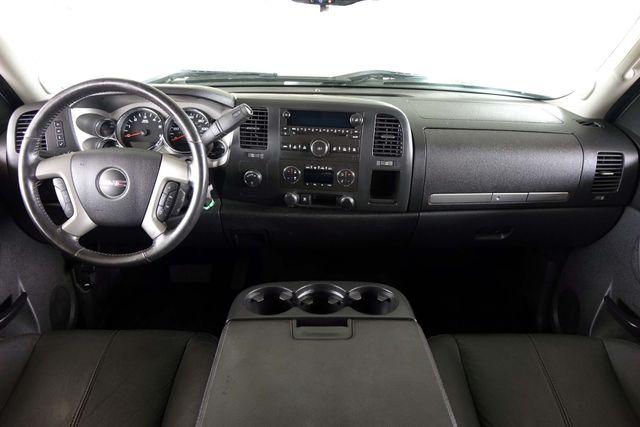 2011 GMC Sierra 1500 SLE * 4x4 * Z-71 * 20's * TEXAS EDITION * Spray-In Plano, Texas 8