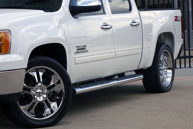 2011 GMC Sierra 1500 SLE * 4x4 * Z-71 * 20's * TEXAS EDITION * Spray-In Plano, Texas 19