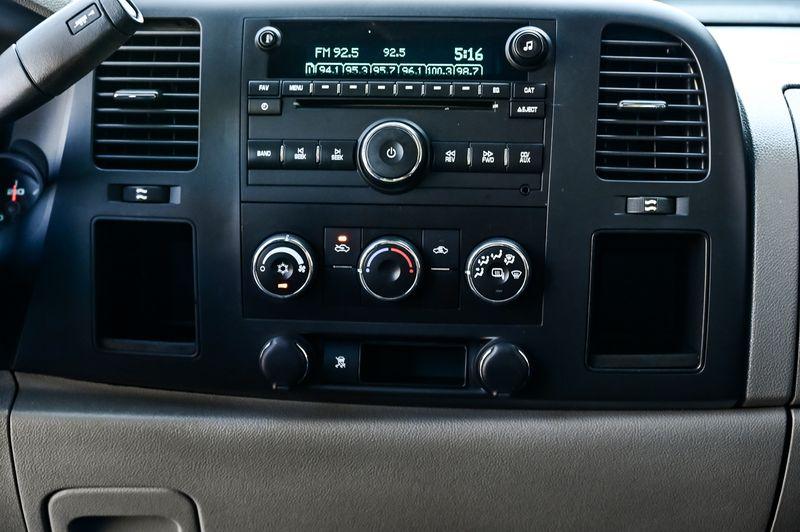 2011 GMC Sierra 1500 4.8L V8, SL Power Windows 1-Owner Clean Carfax in Rowlett, Texas