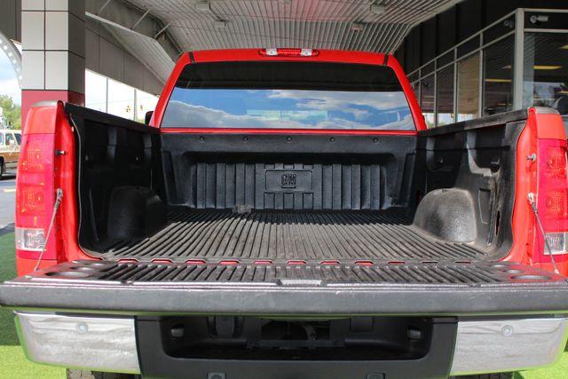 2011 GMC Sierra 2500HD SLT Mooresville , NC 32