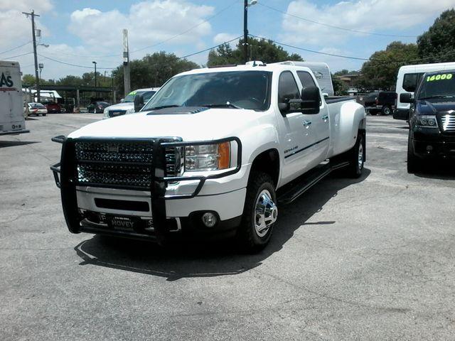 2011 GMC Sierra 3500HD Denali DRW  6.6 San Antonio, Texas 1