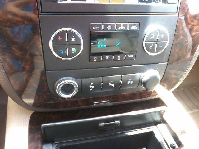 2011 GMC Sierra 3500HD Denali DRW  6.6 San Antonio, Texas 18
