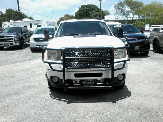 2011 GMC Sierra 3500HD Denali DRW  6.6 San Antonio, Texas 2