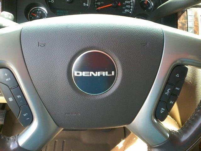 2011 GMC Sierra 3500HD Denali DRW  6.6 San Antonio, Texas 26