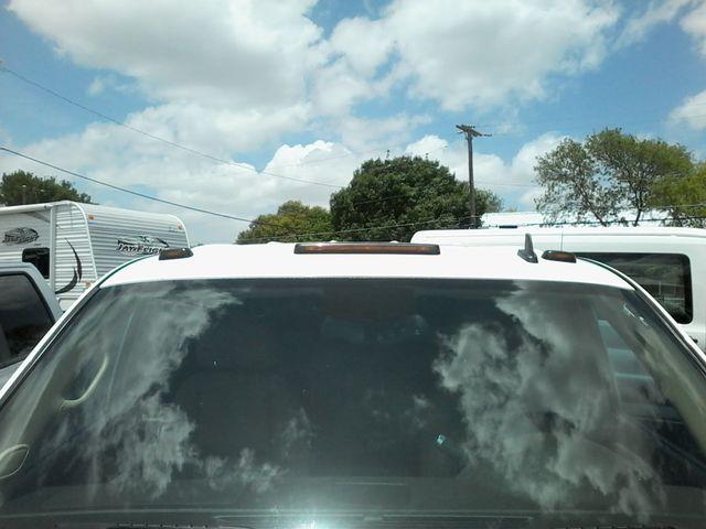 2011 GMC Sierra 3500HD Denali DRW  6.6 San Antonio, Texas 27