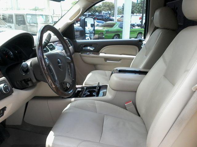 2011 GMC Sierra 3500HD Denali DRW  6.6 San Antonio, Texas 8